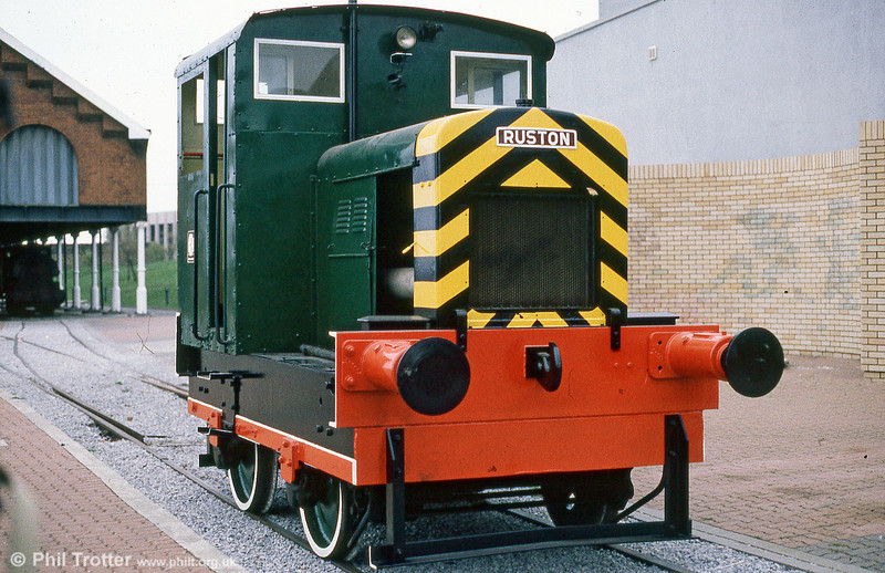 Ruston Hornsby 48DS (393302/1955) 4wDM at Swansea Industrial & Maritime Museum.