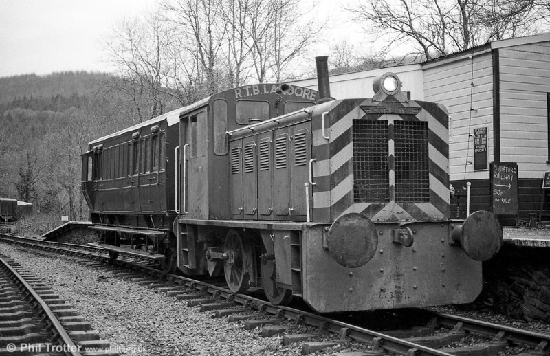 North British 0-4-0DH (27654/1956) 'Dylan Thomas' on a test run at Llwyfan Cerrig, Gwili Railway on 15th January 1995. Note that the loco is running as a 2-2-0DH!