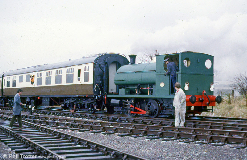One of the first locomotives to work at the Gloucestershire Warwickshire Railway was Peckett 0-4-0ST 1976/1939, seen at Toddington in April 1986.