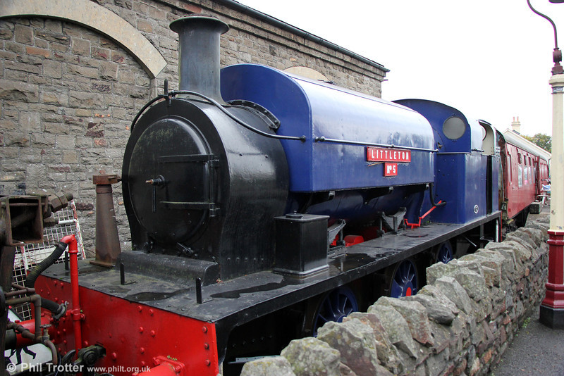 Manning Wardle 0-6-0ST (2018/1922) 'Littleton No.5' at Bitton on 19th October 2013. The loco is ex-NCB Littleton, Staffs.