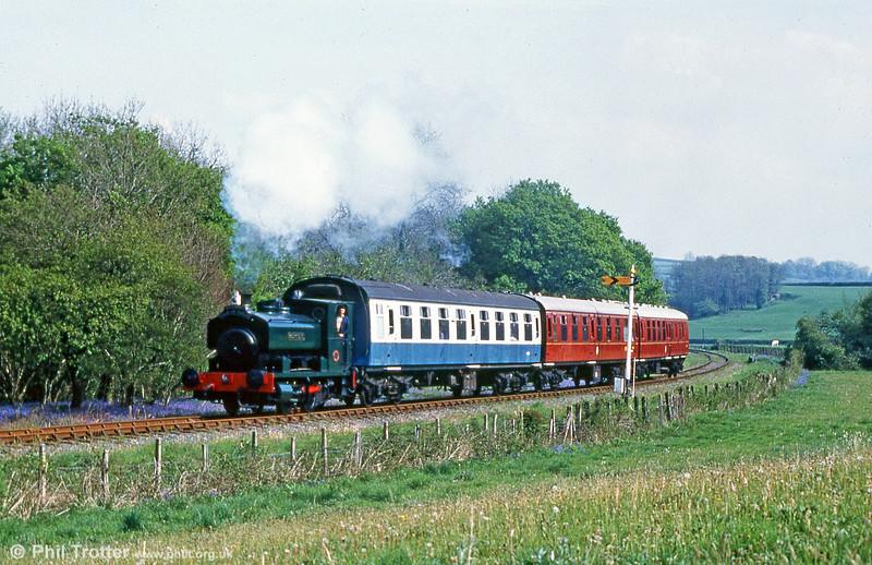 'Rosyth No. 1' heads a trrain for Llwyfan Cerrig, Gwili Railway in June 1995.