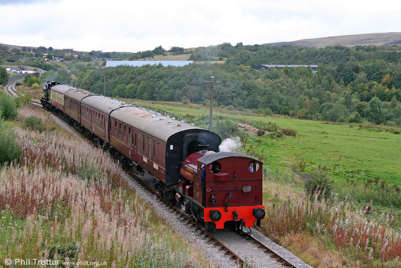 Bagnall 0-4-0ST (2962/1950) No. 19 passes Forgeside with the 1422 Whistle Inn to Blaenavon High Level on 19th September 2010.