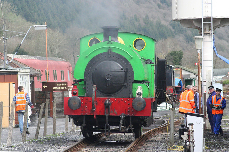 A second view of RSH 0-4-0ST (no.7058/1942) 'Olwen' on 'driver for a fiver' duty at Bronwydd Arms, Gwili Railway on 5th April 2008.