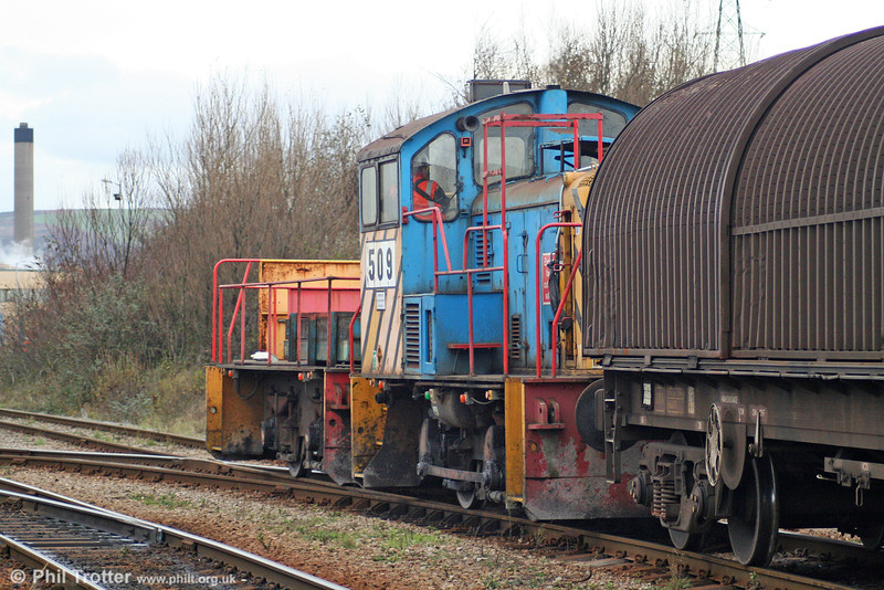 Corus (Port Talbot) 0-4-0DE 509 and BT2 shunt empty wagons into the steelworks on 28th November 2009.