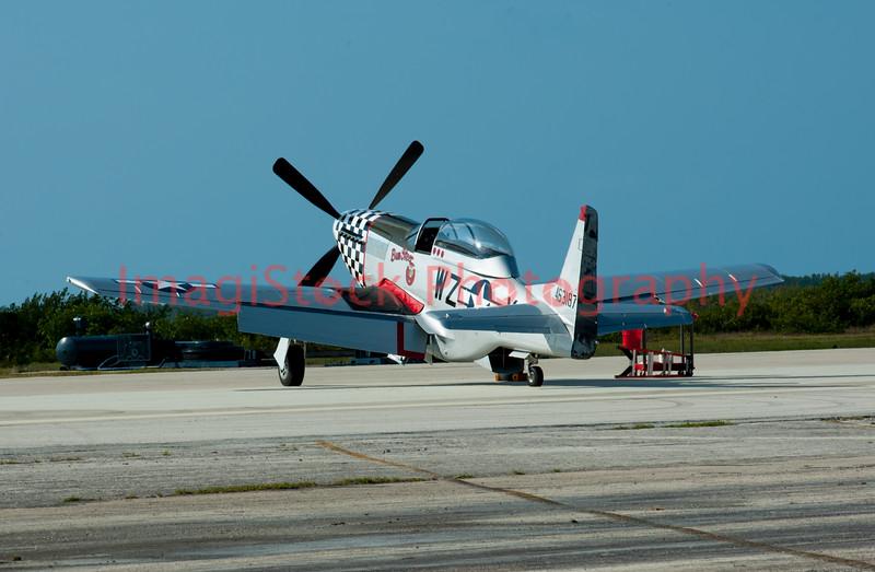 100410 - 0675 P-51 Mustang - Naval Air Station - Key West, FL