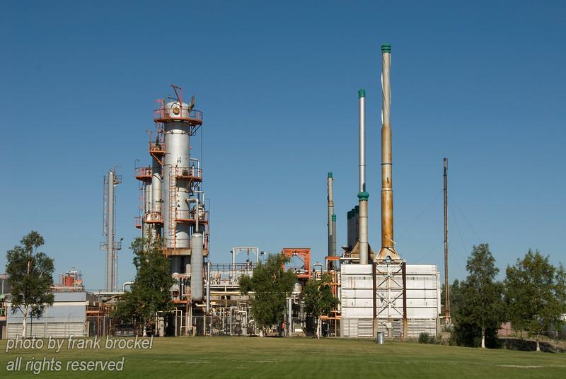 Refinery near Innisfail, Alberta