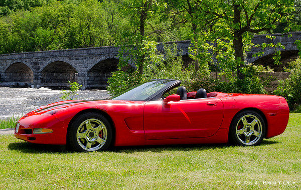 Red Sports Car at the Pakenham 5 Arch Stone Bridge
