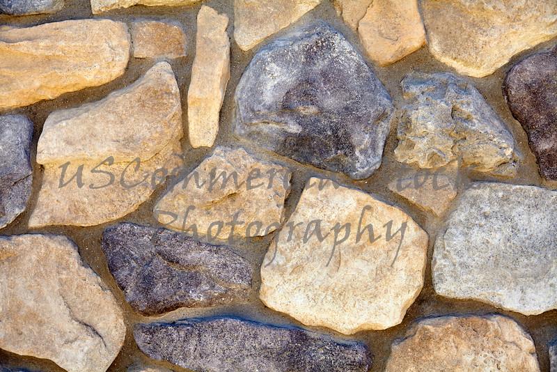 Decorative stone mineralized rock mortar wall