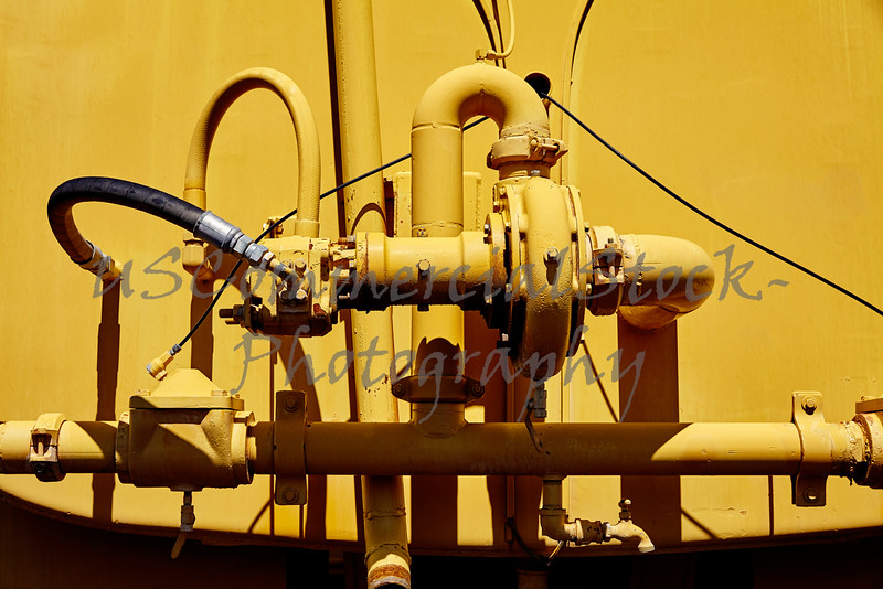 Water tanker hydraulic pump system closeup