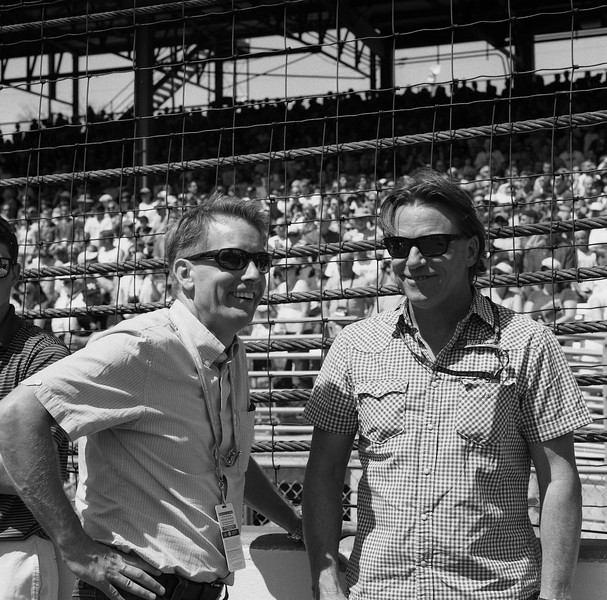 Kenny Brack and Stefan Johansen catch up on the grid.