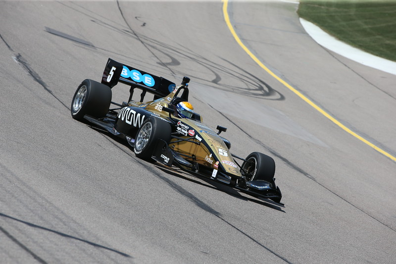 Urrutia finalizó segundo en Iowa y fue competitivo en Indianapolis (FOTO: Joe Skibinski/IMS Photo/Road to Indy)