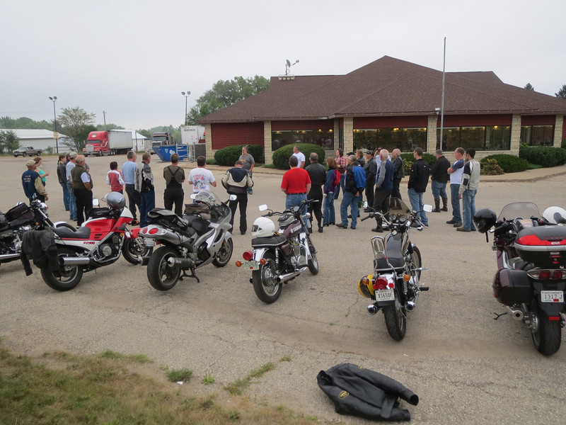 The riders meeting on Sunday morning before taking off for an all-day ride.