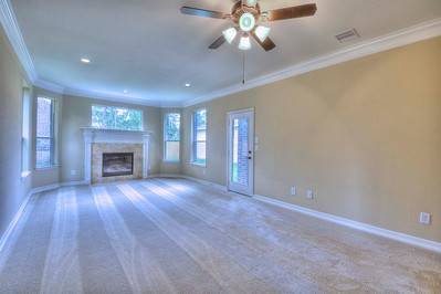 Large Master Suite w Fireplace 13x25
