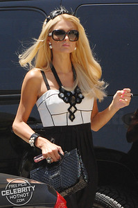 EXC: Paris Hilton Means Business Heading To A Power Lunch in Beverly Hills!