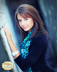 """<p class=""""ContentMainHeader""""> Senior Pricing </p> <p class=""""ContentText""""> Senior Portrait sessions begin at $200 with collections starting at $570. </p>  <p class=""""ContentText""""> For additional pricing details <a href=""""http://www.jakigoodphotography.com/Info/Contact/19544391_PLN5X2"""">contact Jaki</a> </p>"""