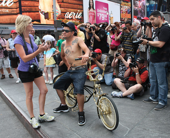 Photography by Carol A. Marinas : New York City -  Getting Directions
