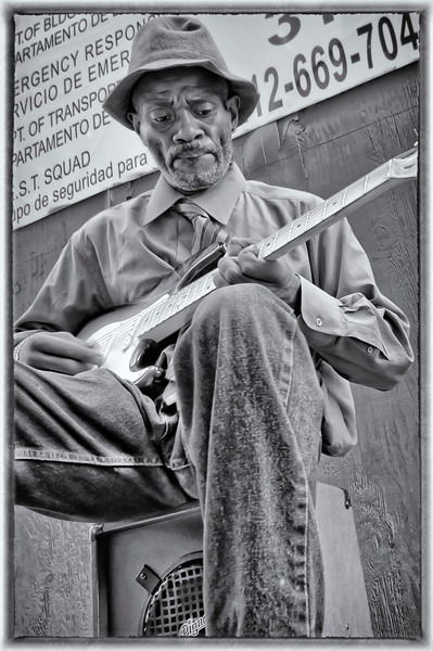 Photography by Alex Racanelli : Times Square - A Man and His Music