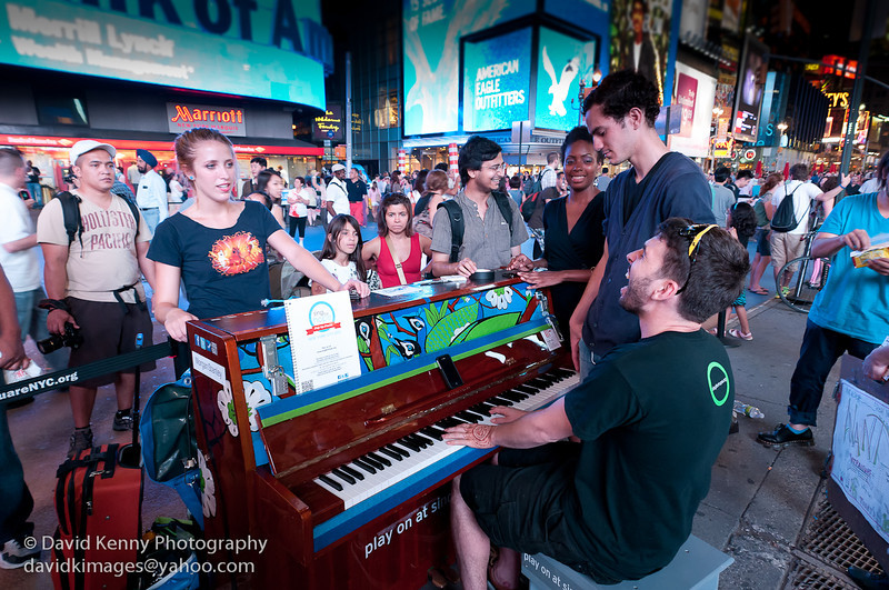 Photography by David Kenny : David Kenny -  - Singin at night in Times Square ...