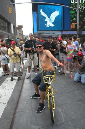 Photography by Carol A. Marinas : New York City - I want to fly like an eagle