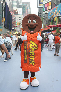 Photography by Carol A. Marinas : New York City -  Chocolate makes everyone happy
