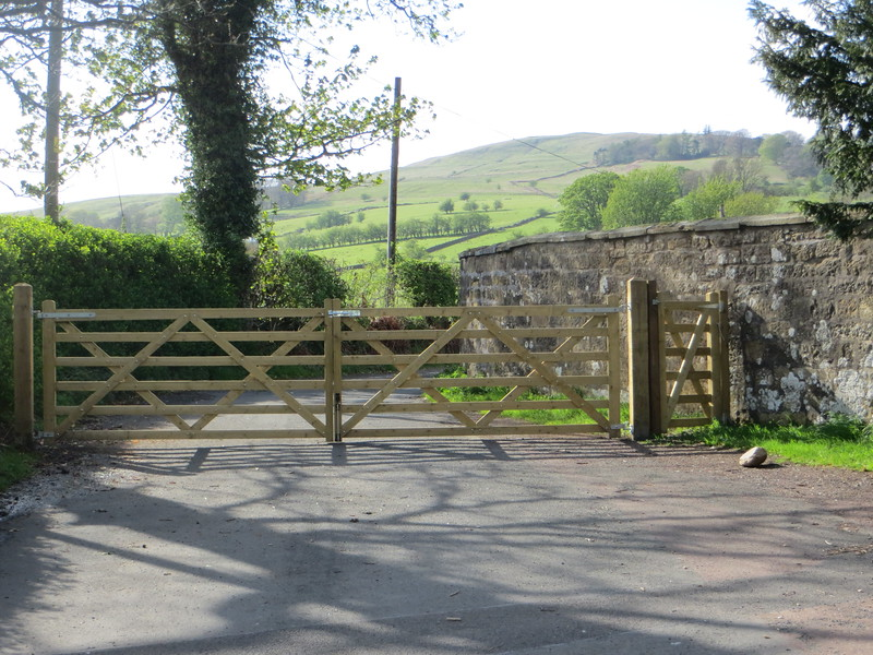 New gate with pedestrian access on the route to Earls Seat.