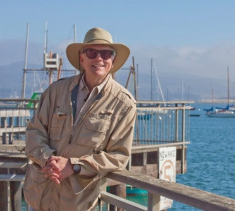 "Mentor Rick Sammon, on location with the artists at Morro Bay, CA<br />  <a href=""http://www.ricksammon.com"">http://www.ricksammon.com</a>"