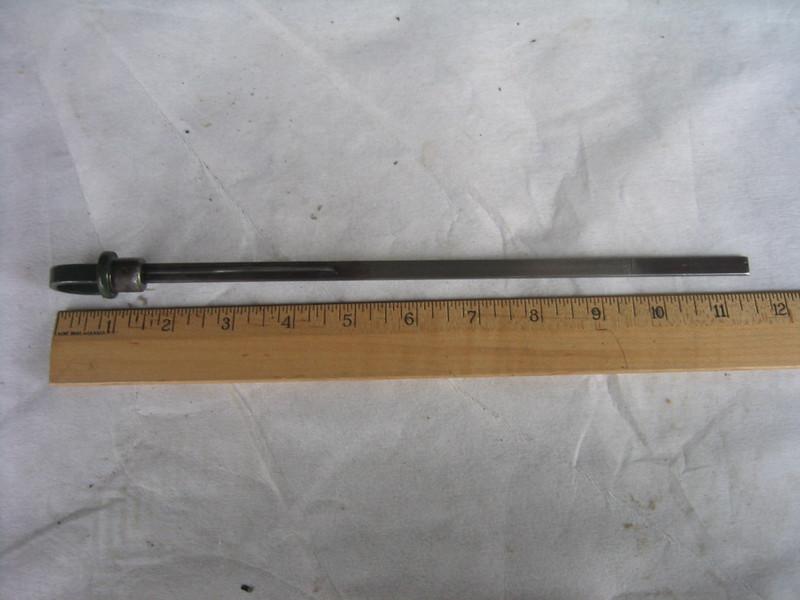 """Oil dipstick - Master (121"""" & 129"""" models)"""