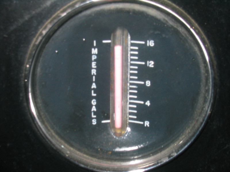 "Master (121"" & 129"") Canadian gas gauge"