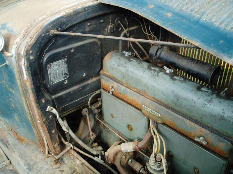 29-25 - Original Engine Paint Colour