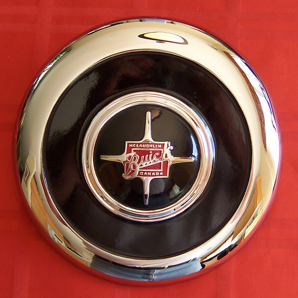 Late Canadian Hubcap (Star)