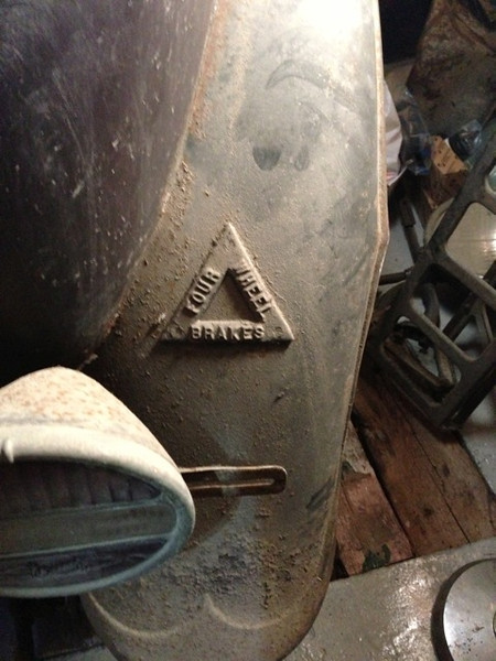 FOUR WHEEL BRAKE TRIANGLE:  On a right rear fender of a right hand drive McLaughlin Buick 27X in Norway.  (A 4 wheel brake triangle was spotted on a piece of 1929 McL-Buick literature.)