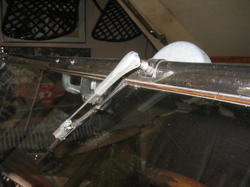 Windshield wiper (vacuum) - roadster
