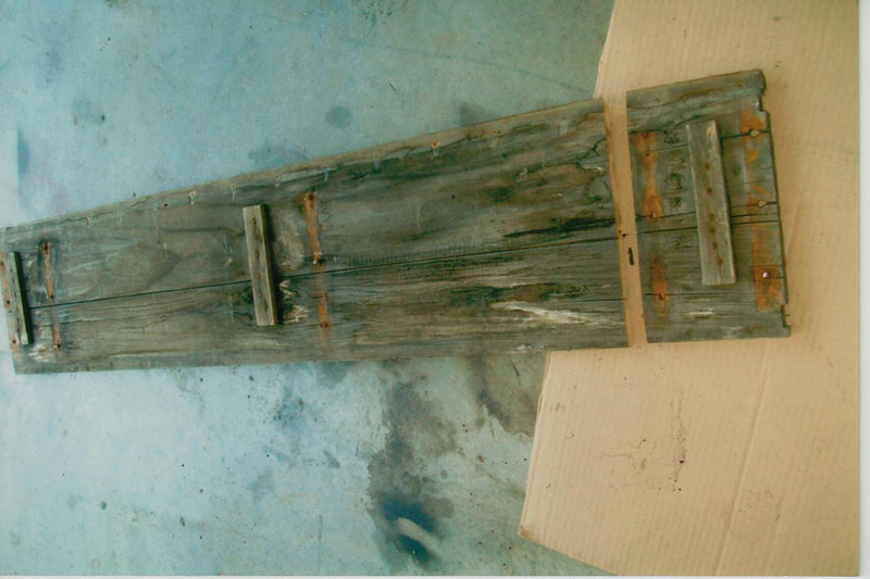 20-50 Pre-Restoration: Runningboards rotted