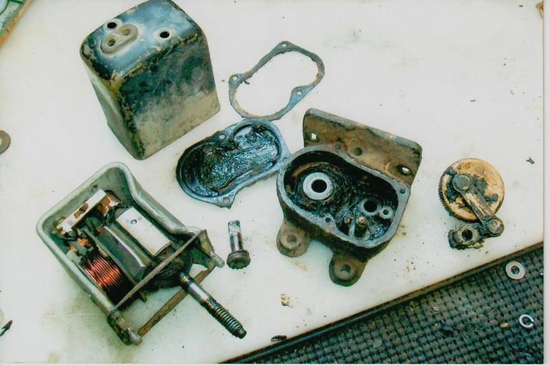 29-50 Pre-Restoration: Wiper Motor apart