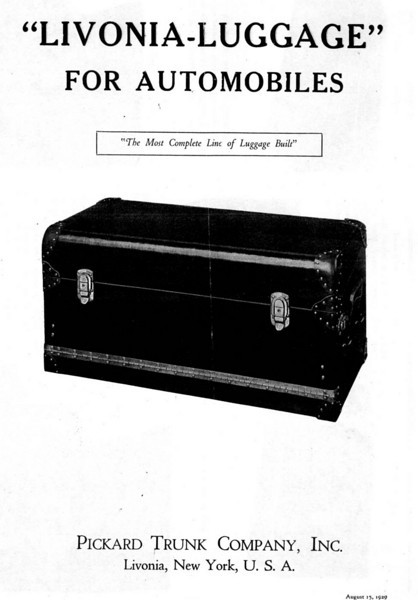 Lovinia trunk literature - Folder Cover