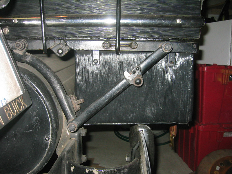 Extra storage trunk added under trunk rack on 29-44