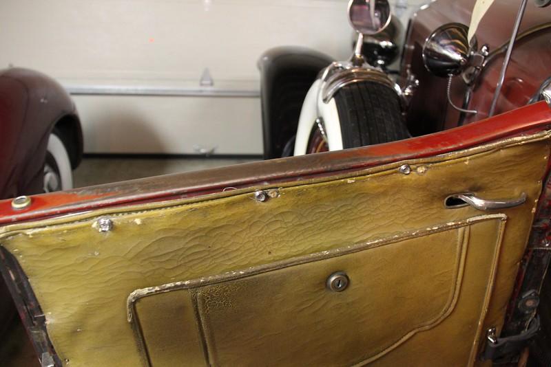 Roadster Arm Rest - left side