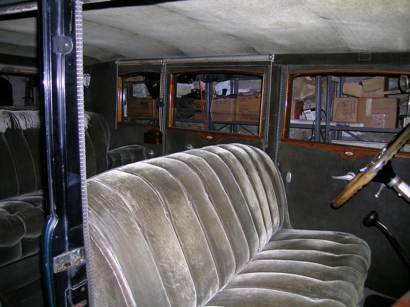 29-57 - Interior