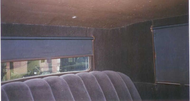 Rear blind / window shade
