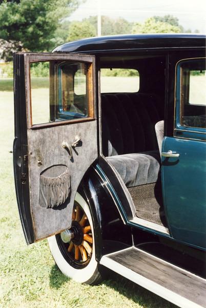 29-27 - Original Interior