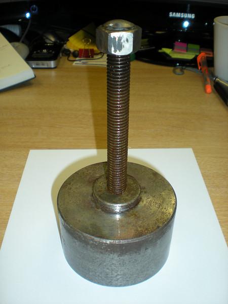Home-built wheel puller