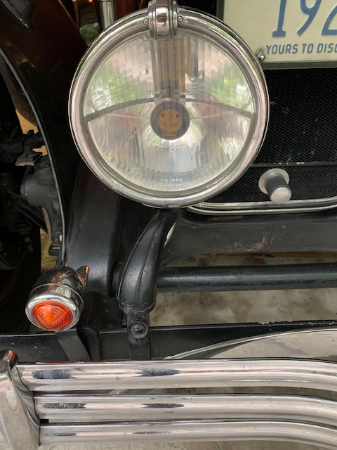 Trippe Lights on model 29-44.
