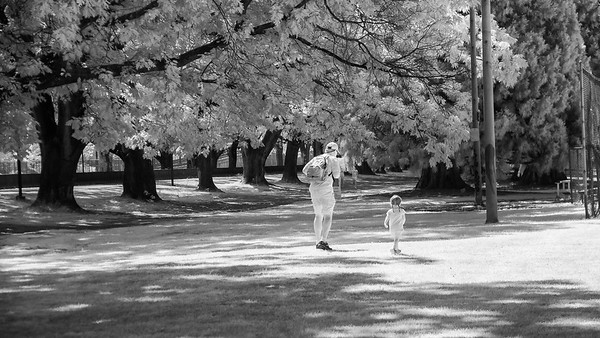 father & daughter in moreland park