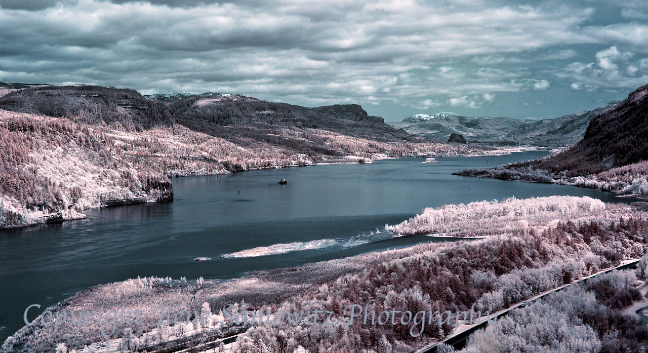 Color IR, Columbia River Gorge, Oregon