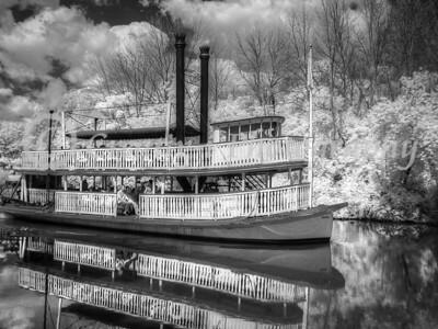 Steamboat Suwanee 02