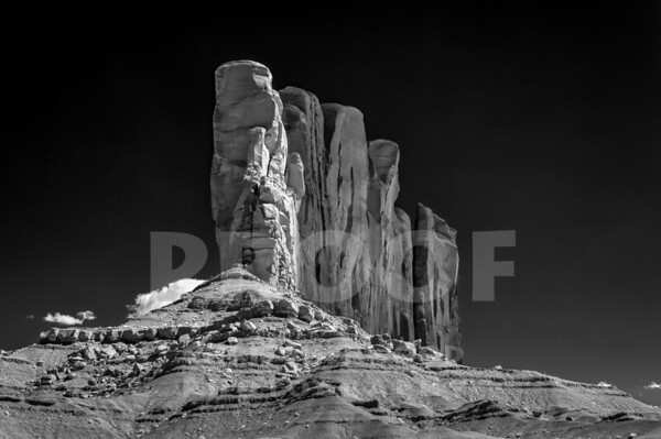 Monument Valley_9-28-19_DSC2171_850nm_BW SMUG