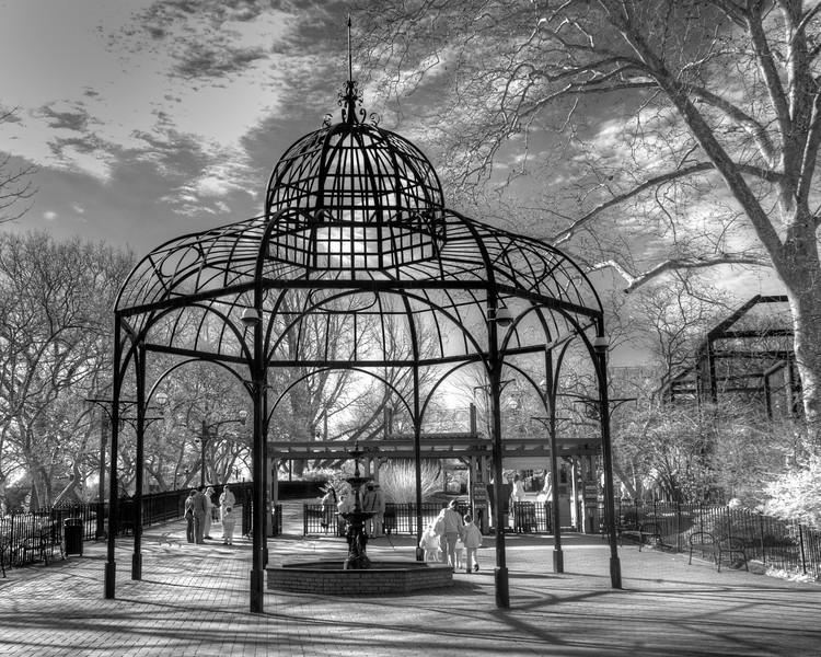 Entry Portal to the Philadelphia Zoo (Infrared)
