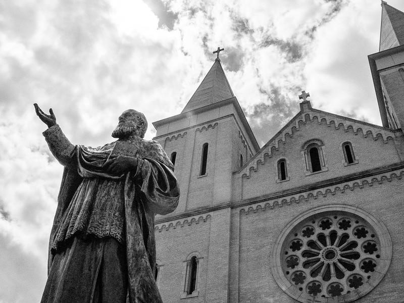 MonasteryGarden-_06_2015-1