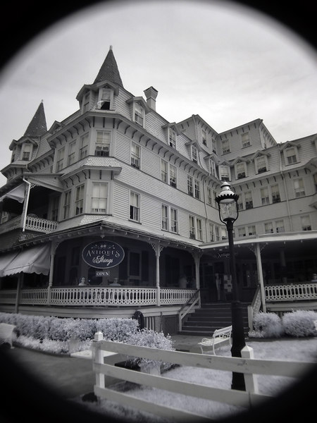 "<h4 style=""color:#CC9999;font-size:150%"" >Victorian Hotel<font style=""color:red"" > 