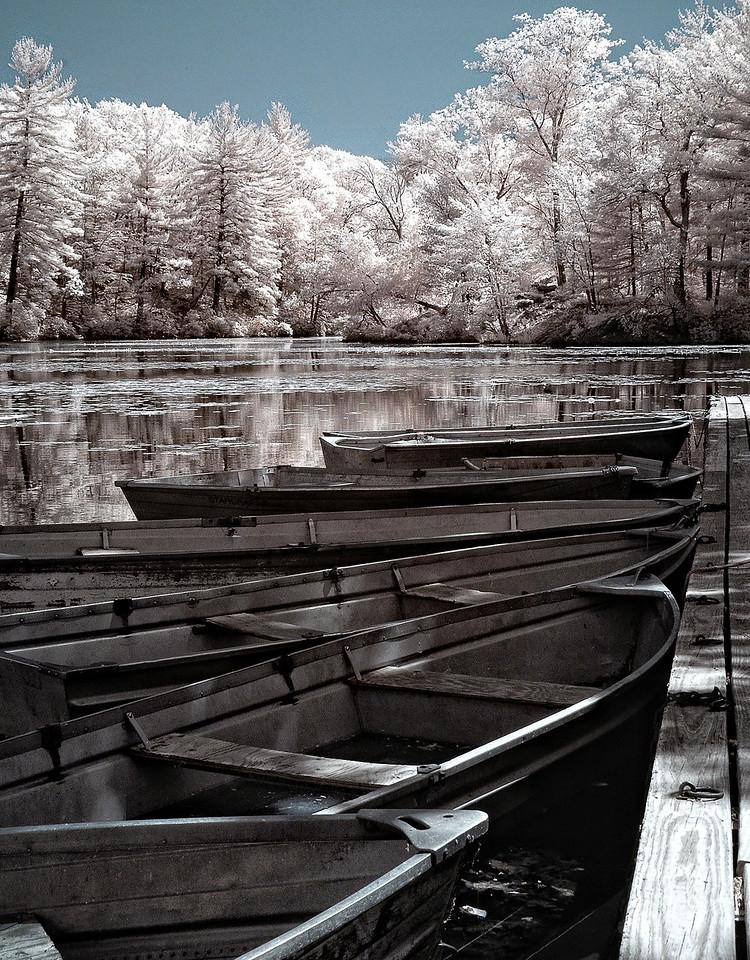 Arrow Lake Boats
